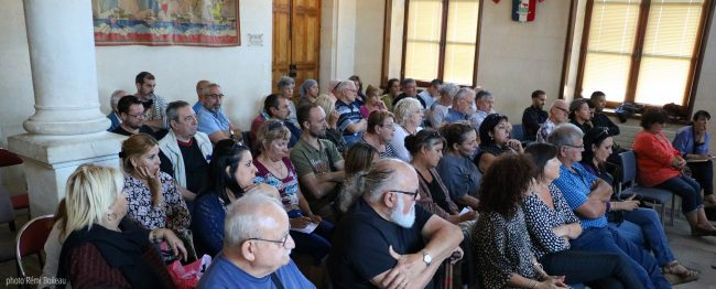 réunion publique architizen Vauvert Renouvellement urbain